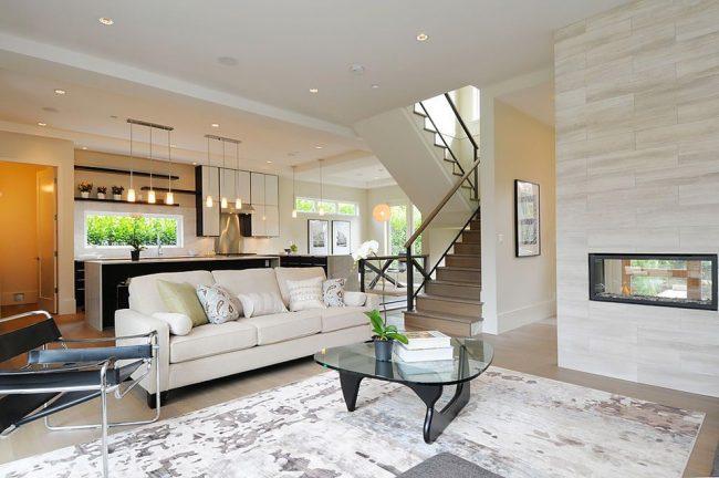 В современном мире ни одно жилое или офисное помещение не обходится без дивана