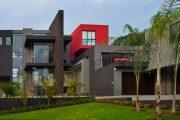 Фото 24 Резиновая краска по бетону: оптимальное решение для оформления фасада, кровли и бассейна