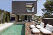 Фото 31 Резиновая краска по бетону: оптимальное решение для оформления фасада, кровли и бассейна