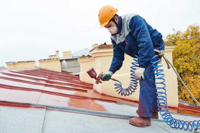 Покраска крыши латексной краской