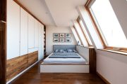Фото 33 Шторы на мансардные окна: 70 трендовых вариантов, которые преобразят любой интерьер
