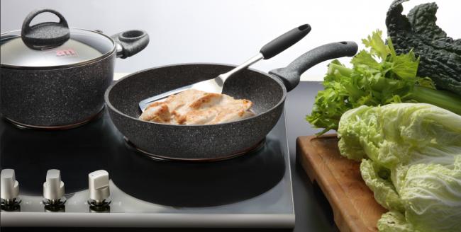 Сковорода с каменным покрытием: как выбрать? Ведь это удобство и легкость приготовления пищи
