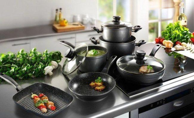 Посуда с каменным покрытием приобретает большую популярность в мире