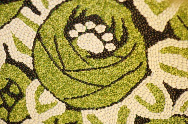 Домашние крупы отлично подойдут для изготовления панно из натуральных материалов