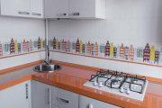 Фото 32 Угловая тумба под мойку на кухню: размеры, виды и 70 вариантов удобного размещения