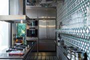 Фото 13 Зеркальная плитка в интерьере (105+ фото): как использовать глянцевые акценты и обзор лучших сочетаний