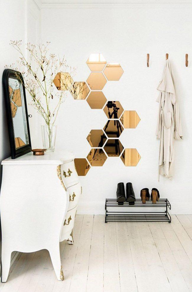 Прекрасный белоснежный дизайн прихожей в стиле шебби-шик