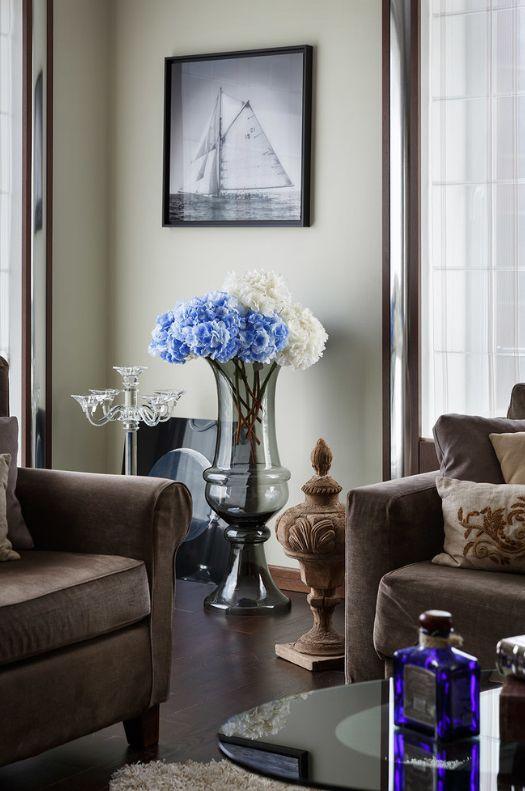 Напольная ваза - стильный предмет интерьера