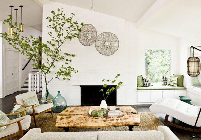 Большие вазы в интерьере: в интерьере прованс выгодно будет смотреться живое дерево в стеклянной вазте