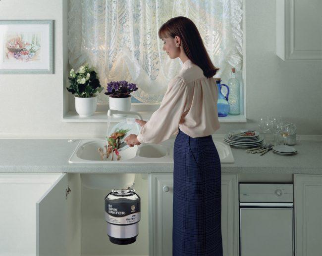 Рациональное решение покупки диспоузера зависит от количества проживающих в доме и их бытовой культуры