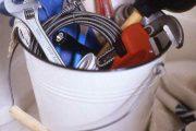 Фото 12 Решение извечной проблемы: как легко прочистить засор в ванной и раковине