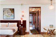 Фото 27 Картины в спальню над кроватью: размещение по фен-шуй и 70+ универсальных сюжетов
