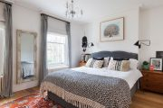 Фото 3 Картины в спальню над кроватью: размещение по фен-шуй и 70+ универсальных сюжетов