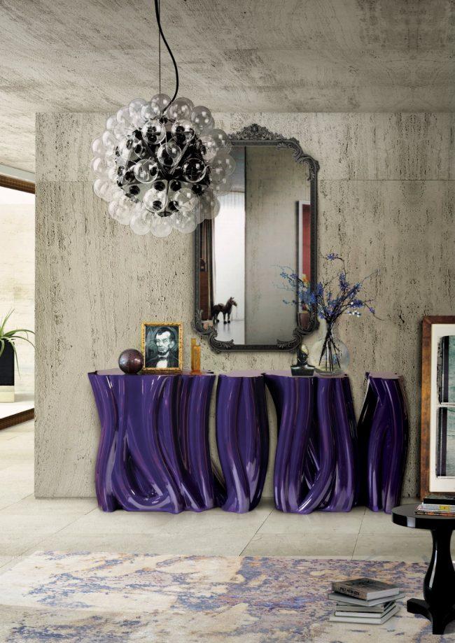 Стильный и яркий декор холла с помощью консоли