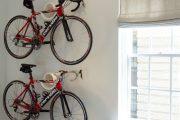 Фото 23 Крепление для велосипеда на стену: популярные виды конструкций и изготовление своими руками