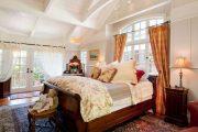 Фото 19 Стоит ли ставить кровать изголовьем к окну? Плюсы, минусы и 80 комфортных реализаций