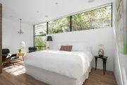 Фото 41 Стоит ли ставить кровать изголовьем к окну? Плюсы, минусы и 80 комфортных реализаций
