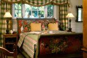 Фото 48 Стоит ли ставить кровать изголовьем к окну? Плюсы, минусы и 80 комфортных реализаций