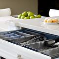 Лоток для столовых приборов в ящик: выбираем идеальный органайзер на кухню фото