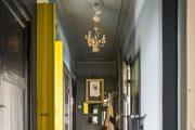 Фото 24 Как организовать правильное освещение в коридоре квартиры (90 фото): советы и лучшие идеи