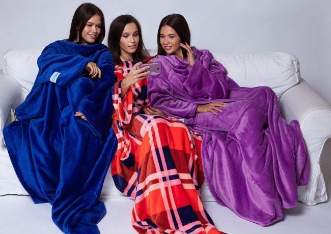 Зимние посиделки в компании подруг могут стать теплее благодаря пледам в разных расцветках