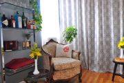Фото 10 Стеклянные полки на стену: практичность, удобство и стиль для каждого