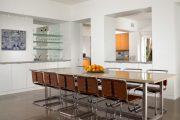 Фото 12 Стеклянные полки на стену: практичность, удобство и стиль для каждого