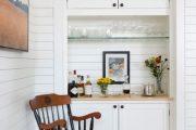 Фото 20 Стеклянные полки на стену: практичность, удобство и стиль для каждого