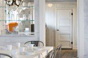 Фото 21 Стеклянные полки на стену: практичность, удобство и стиль для каждого
