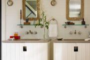 Фото 28 Стеклянные полки на стену: практичность, удобство и стиль для каждого