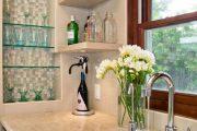 Фото 29 Стеклянные полки на стену: практичность, удобство и стиль для каждого