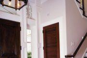 Фото 6 Темные двери в интерьере: 80 роскошных реализаций в цвете венге, ормозия и орех