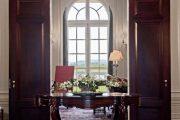Фото 11 Темные двери в интерьере: 80 роскошных реализаций в цвете венге, ормозия и орех