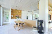 Фото 17 Ясень: универсальный цвет мебели в доме и 70+ непередаваемо уютных интерьеров