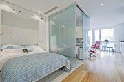 Фото 15 Дизайн спальни-гостиной площадью 18 кв. м: продуманные идеи для комфорта и экономии пространства