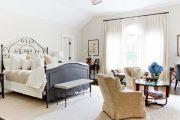 Фото 26 Дизайн спальни-гостиной площадью 18 кв. м: продуманные идеи для комфорта и экономии пространства