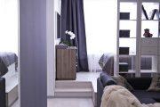 Фото 3 Дизайн спальни-гостиной площадью 18 кв. м: продуманные идеи для комфорта и экономии пространства