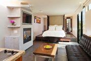 Фото 42 Дизайн спальни-гостиной площадью 18 кв. м: продуманные идеи для комфорта и экономии пространства