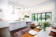 Фото 24 Складная дверь на кухню: в поисках достойной альтернативы традиционности
