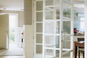 Фото 35 Складная дверь на кухню: в поисках достойной альтернативы традиционности