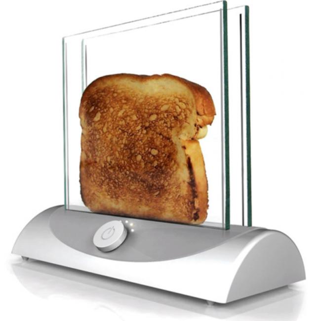 Стильный тостер со стеклянными стенками