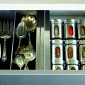 Хранение специй на кухне: 75+ функциональных идей для тех, кто привык к бескомпромиссному порядку фото