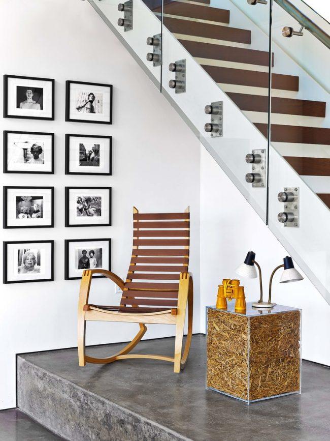 При выборе кресла-качалки необходимо тщательно проверить качество изделия