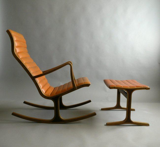 Кресло-качалка с подставкой для ног в современном дизайне
