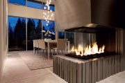 Фото 1 Камин в интерьере квартиры: 85+ роскошных вариантов в современном и классическом дизайне