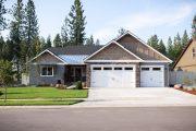 Фото 14 Проект дома с двумя гаражами: выбираем лучшее готовое решение для строительства