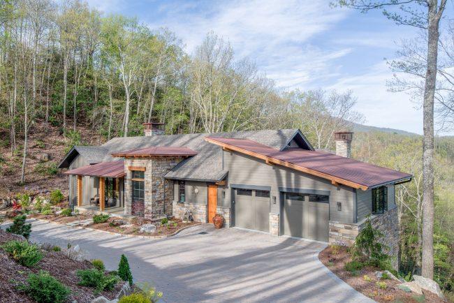 Проект дома с 2 гаражами (#Лучшие Готовые Проекты 2017)
