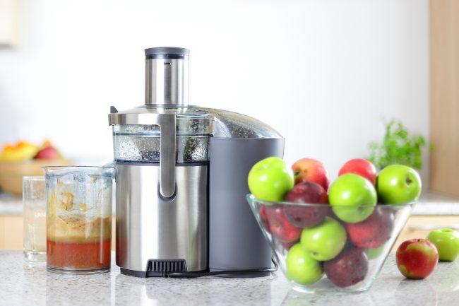 Не каждая соковыжималка для яблок может похвастаться большой производительностью и долгим сроком службы