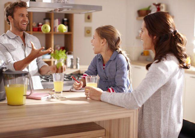Благодаря соковыжималке ваша семья будет получать необходимые для здоровья витамины и микроэлементы