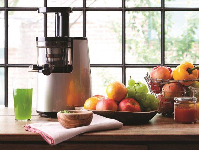 Для сезонной переработки овощей и фруктов в сок потребуется соковыжималка большой производительности